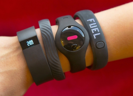 fitness-trackers.jpg